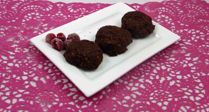 Chocolate raspberry coconut macaroons 2