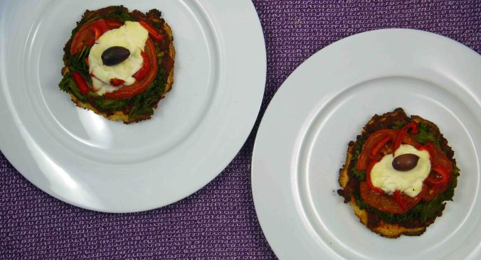 Mini cauliflower crust pizzas
