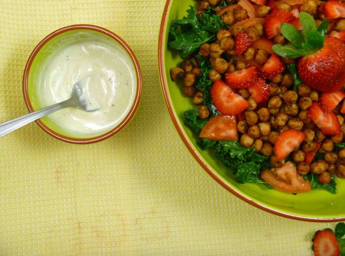 Balsamic chickpea and strawberry salad 3