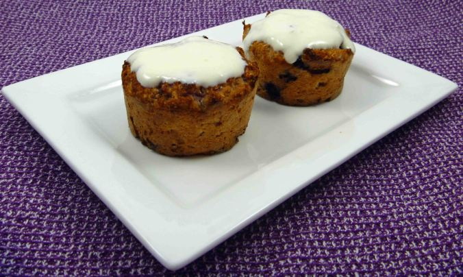 Berry coconut muffins with topping