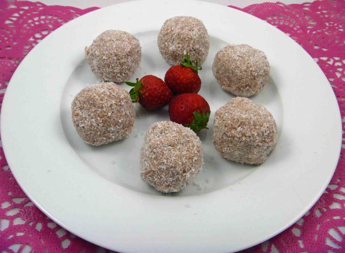Strawberry coconut protein balls