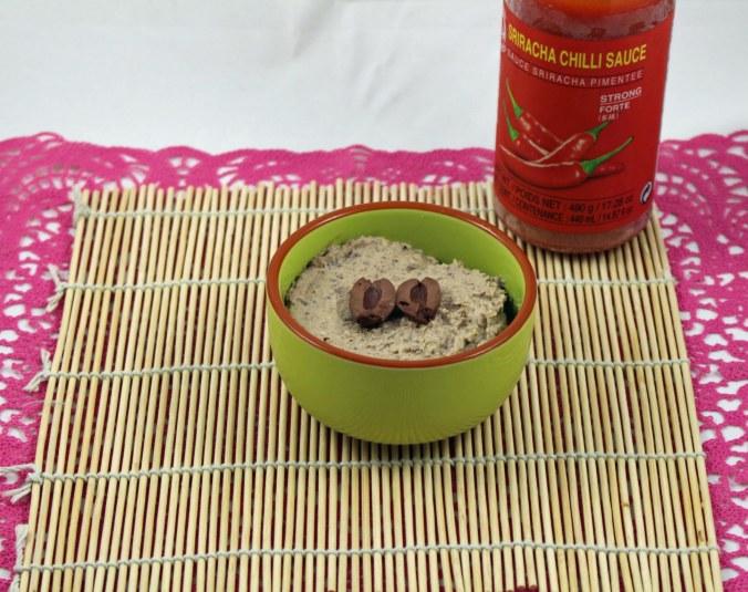 olive sriracha hummus
